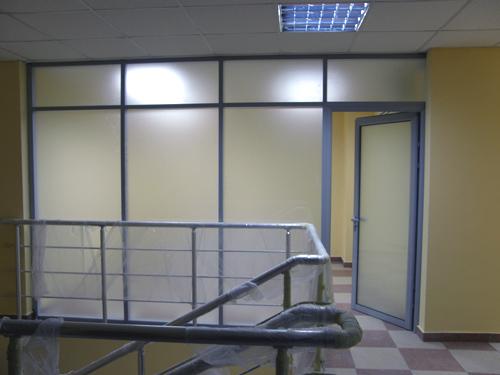 Офисные перегородки, стекляные перегородки, цельностеклянные раздвижные двери