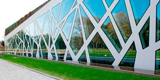 Стекляные фасады Киев, крашеные фасады, входная группа Одесса, фасады из стекла