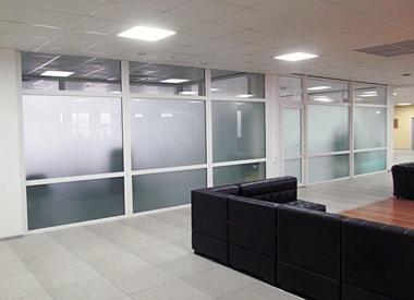 Стеклянные перегородки, перегородки из стекла, стеклянные офисные перегородки
