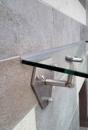 стеклянные козырьки и навесы