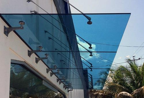 козырьки стеклянные