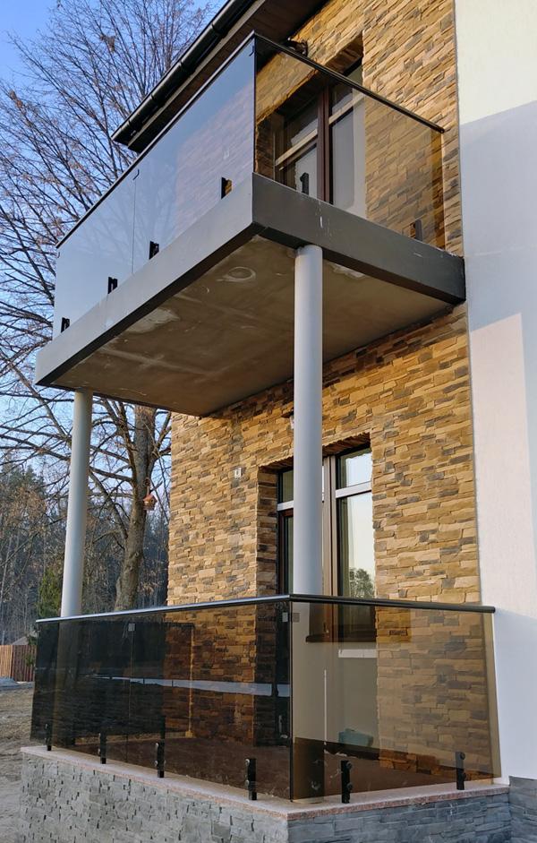 Стеклянные ограждения балконов, лестниц, бассейнов