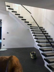 Стеклянное ограждения для лестниц