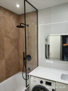 перегородка над ванной